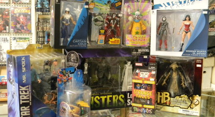 Action Figures & Toys
